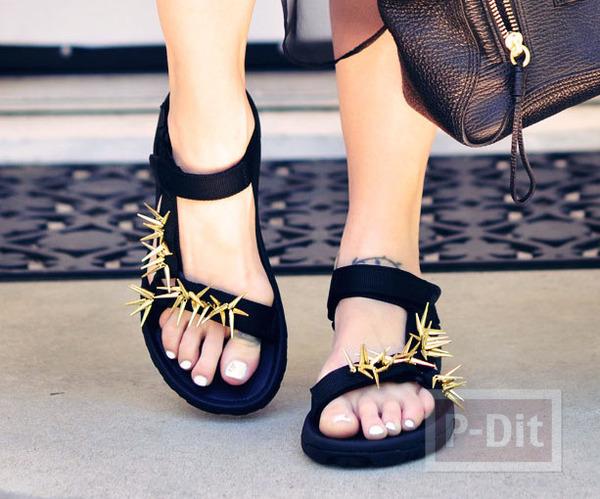 รูป 1 รองเท้ารัดส้นคู่สวย ประดับหมุดแหลม