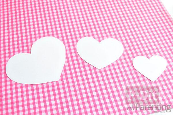 รูป 3 โมบายประดับบ้าน รูปหัวใจ สามชั้น