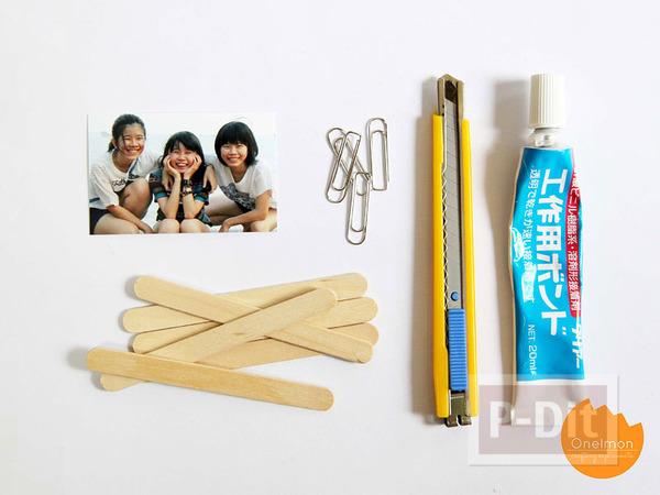 รูป 2 กรอบรูป ทำจากไม้ไอติม