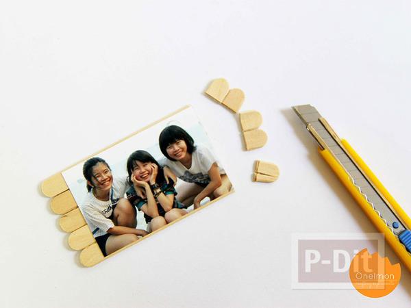 รูป 4 กรอบรูป ทำจากไม้ไอติม