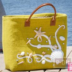 กระเป๋าลายสวย ตกแต่งด้วยเปลือกหอย