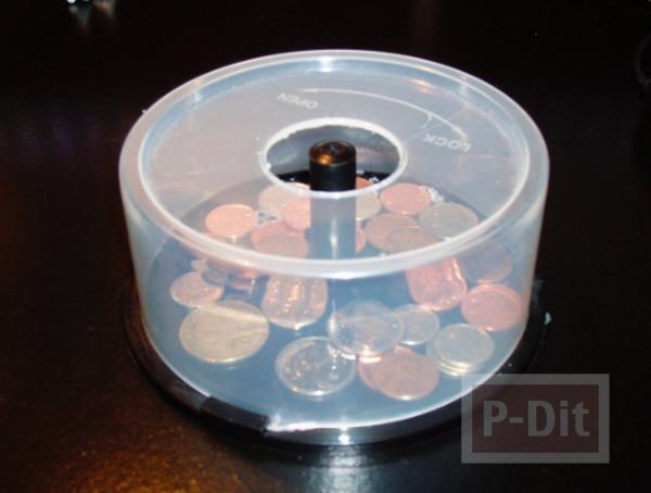 รูป 1 กระปุกออมสิน ทำจากกล่องใส่ CD