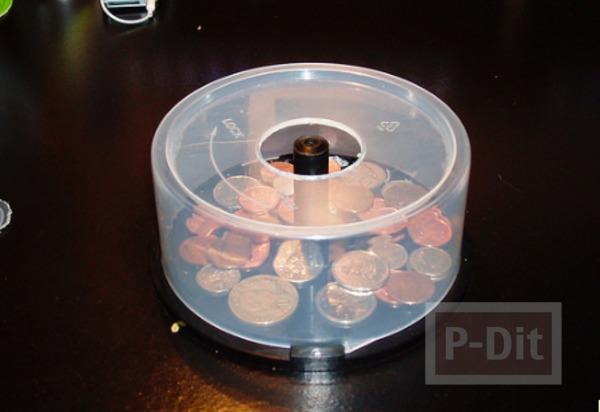 รูป 5 กระปุกออมสิน ทำจากกล่องใส่ CD