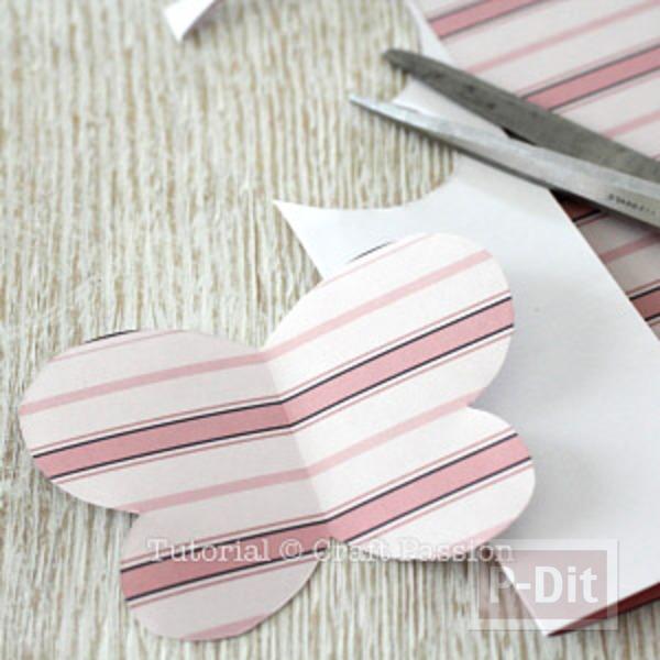 รูป 4 แม็กเน็ตติดตู้เย็น ผีเสื้อแสนสวย ทำจากกระดาษ
