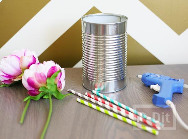 รูป 6 แจกันดอกไม้ ทำจากกระป๋อง ประดับหลอดสวย