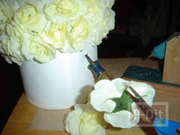 รูป 3 โคมไฟสวยๆ ตกแต่งจากดอกไม้ประดิษฐ์