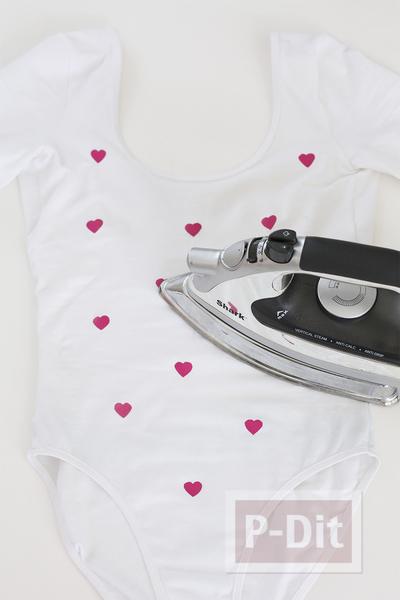 รูป 3 เสื้อลายหัวใจเล็กๆ ตกแต่งเองแบบง่ายๆ