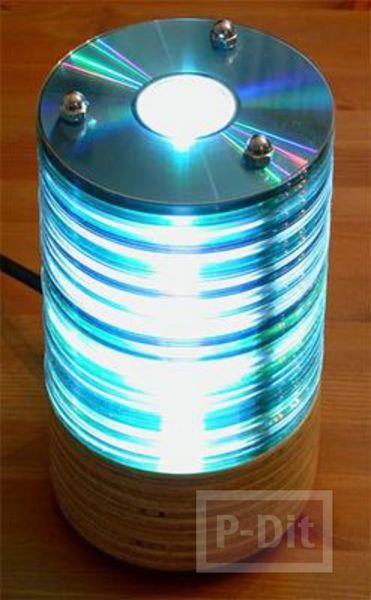 โคมไฟตั้งโต๊ะ ทำจากแผ่น CD
