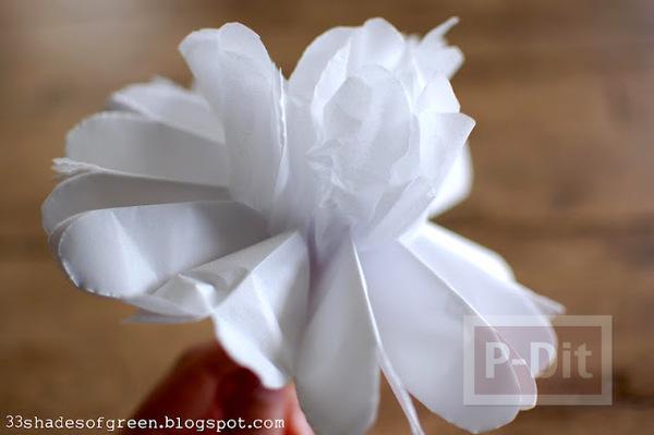 รูป 6 ทำดอกมะลิ ประดับกล่องของขวัญ