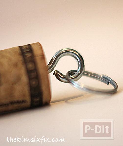 รูป 5 พวงกุญแจ ทำจากจุกก๊อก ปิดขวดไวน์