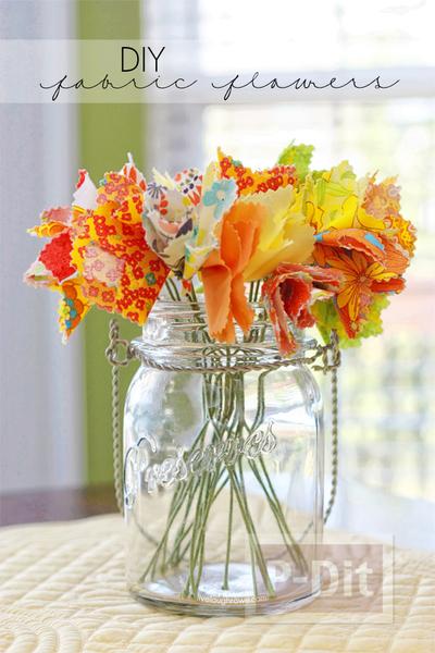 รูป 4 ดอกไม้ผ้า สีสวย ประดับบ้าน