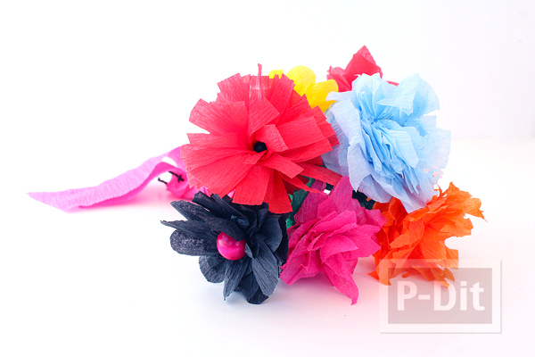 รูป 7 ดอกไม้สีสวย ทำจากกระดาษย่น
