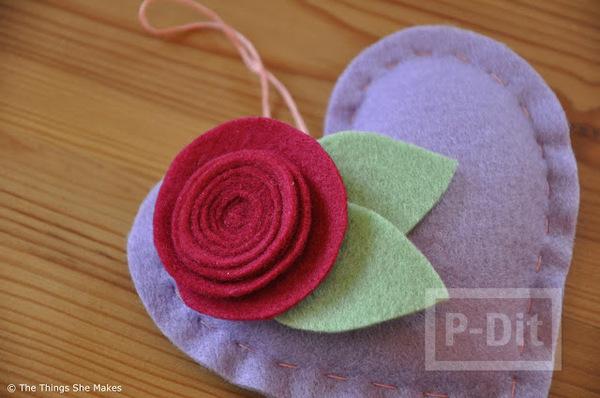 รูป 7 สอนทำดอกไม้ หัวใจผ้า