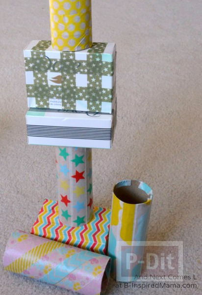 รูป 4 บล็อคต่อรูปทรง ทำจากแกนกระดาษ กล่องสบู่…