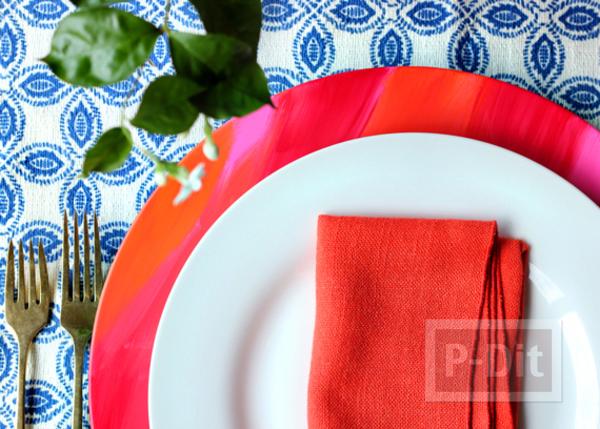 รูป 5 จานรองสีสวย ระบายสีน้ำ