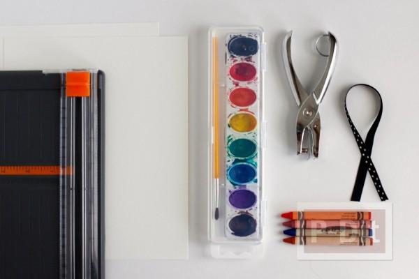 รูป 6 สอนทำที่คั่นหนังสือสวยๆ ระบายสีเทียนและสีน้ำ