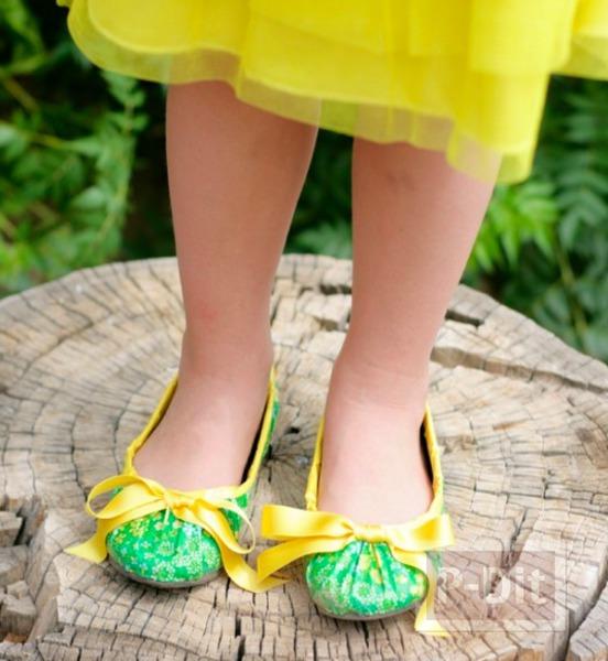รูป 5 รองเท้าแฟนซี ตกแต่งด้วยสก็อตเทปลายสวย