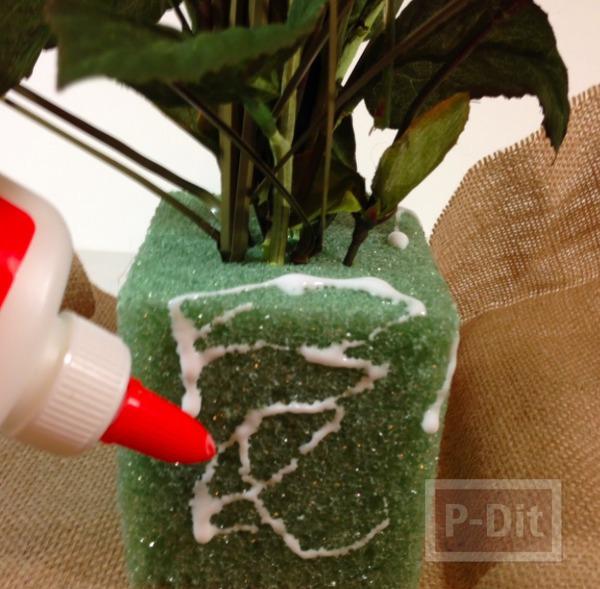 รูป 7 ช่อดอกไม้ปลอม ตกแต่งสวยๆ จากโฟมพลาสติกและผ้า