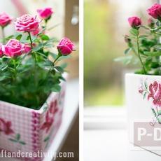 แจกันดอกไม้ ตกแต่งลายสวย จากผ้าลายดอก