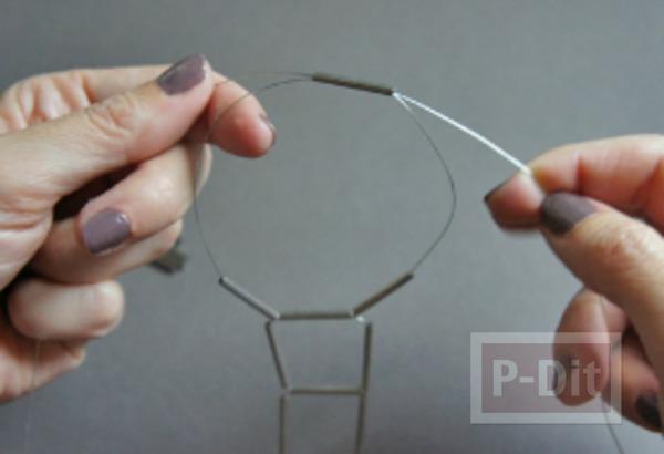 รูป 5 สร้อยข้อมือ ทำจากลวด และท่อเหล็กเล็กๆ