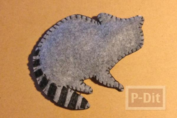 รูป 2 แรคคูน สีเทา น่ารักๆ ทำจากผ้า