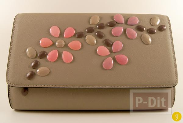 รูป 5 กระเป๋าถือสีเรียบ ประดับเม็ดคริสตัล ลายดอก