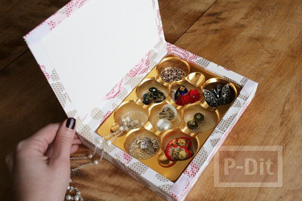 รูป 2 กล่องช็อคโกแลต นำมาห่อกระดาษ เก็บของ