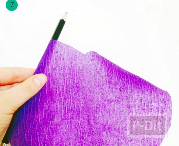รูป 6 ดอกไม้ประดิษฐ์ดอกใหญ่ๆ ทำจากกระดาษย่น