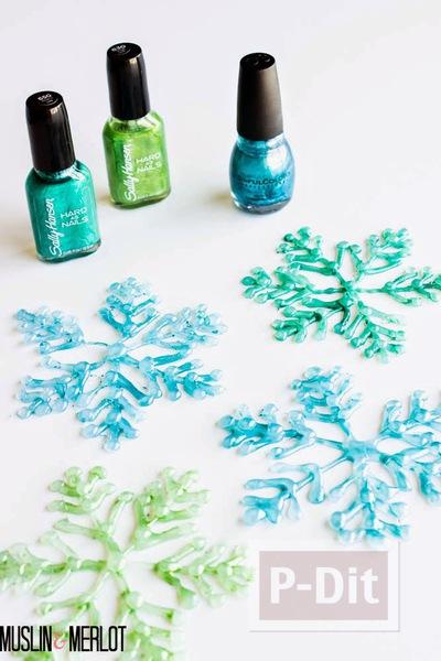 รูป 3 หิมะปลอม ทำจากกาว สีสวย ด้วยสีทาเล็บ