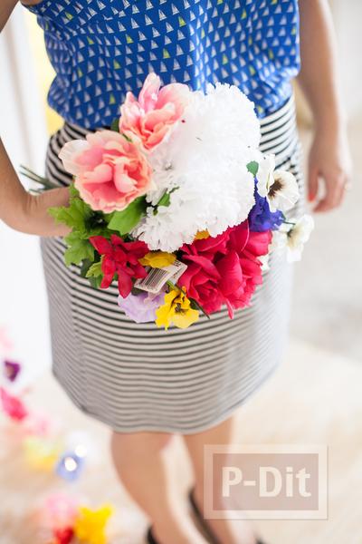 รูป 6 โมบายดอกไม้สวยๆ ทำจากดอกไม้ปลอม