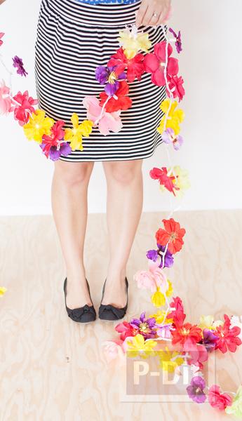 รูป 7 โมบายดอกไม้สวยๆ ทำจากดอกไม้ปลอม