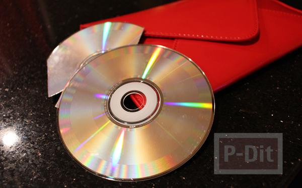 รูป 2 กระเป๋าถือ ตกแต่งจากแผ่น CD เก่าๆ