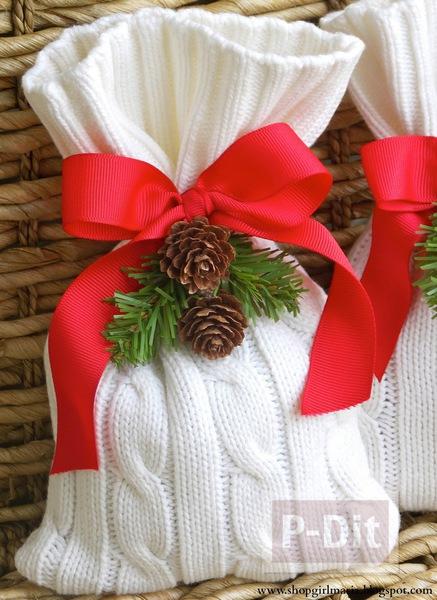 รูป 1 ถุงใส่ของขวัญคริสต์มาส ทำจากเสื้อหนาว ตัวเก่า
