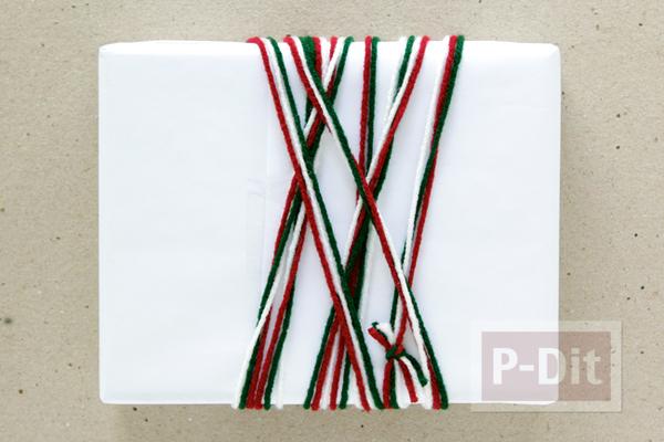 รูป 7 กล่องของขวัญ ห่อสวย ด้วยไหมพรมสีสด