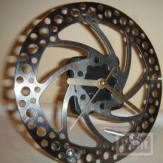 นาฬิกาตั้งโต๊ะ  ทำจากเบรกจักรยาน