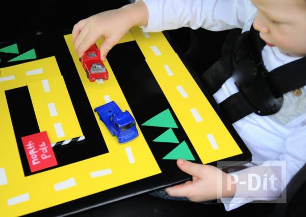 รูป 1 ทำทางเดินรถของเล่น จากกระดาษสีสด