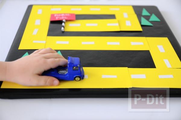 รูป 2 ทำทางเดินรถของเล่น จากกระดาษสีสด