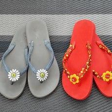รองเท้าแตะ ตกแต่งสวยๆ ด้วยริบบิ้น ประดับดอกไม้