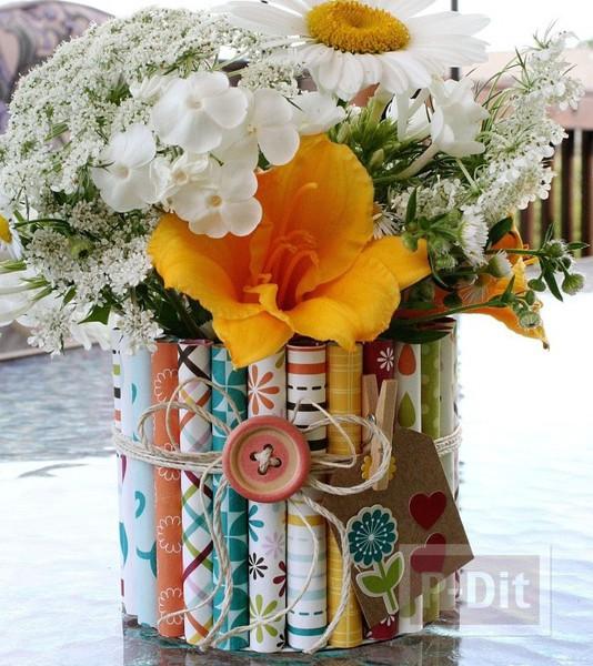 รูป 1 แจกันดอกไม้ ประดับจากกระดาษสีสวย