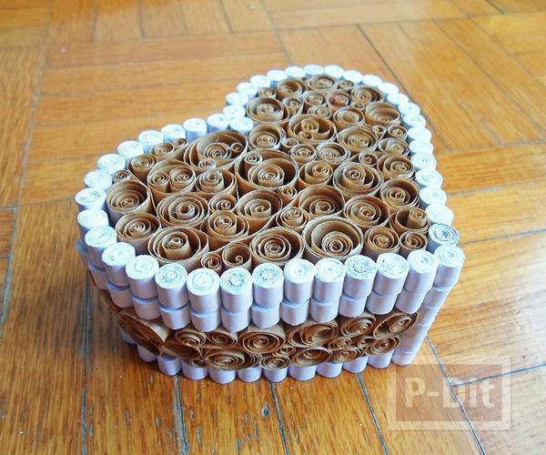รูป 7 กล่องรูปหัวใจ ทำจากถุงกระดาษเก่าๆ สีน้ำตาลและขาว