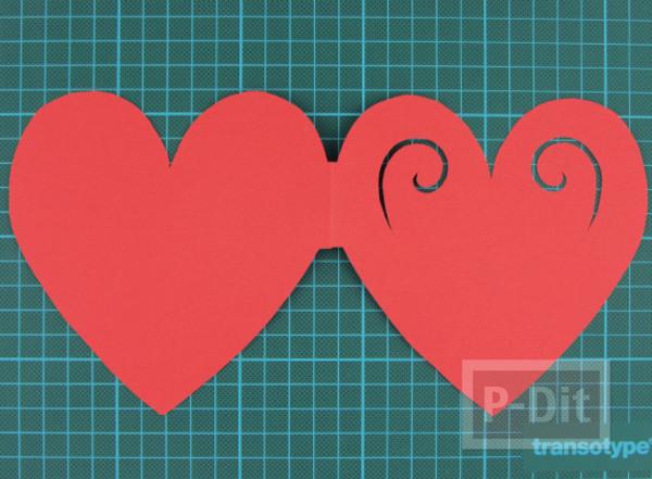รูป 5 ตัดการ์ดเป็นรูปหัวใจ ส่งความรักวันวาเลนไทน์