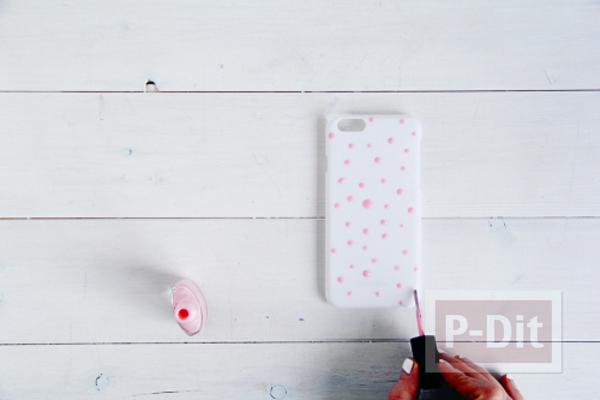 รูป 4 เคสไอโฟนตกแต่งลายสวย ด้วยสีทาเล็บ กระดาษทองสวยๆ