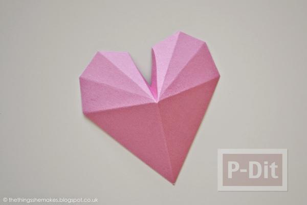 รูป 5 พับกระดาษรูปหัวใจ ประดับกล่อง