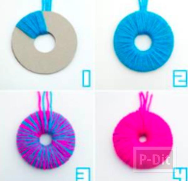รูป 2 สอนทำปอมๆแบบง่ายๆ จากกระดาษลัง พันรอบด้วยไหมพรม