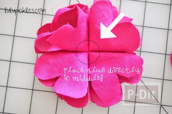 รูป 4 ดอกไม้ผ้า สีสวย ตัดตามแบบ