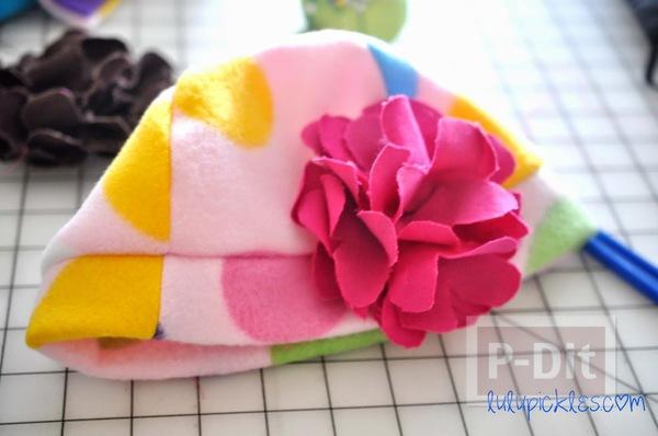 รูป 7 ดอกไม้ผ้า สีสวย ตัดตามแบบ