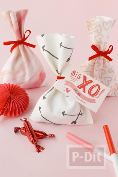 รูป 1 ถุงของขวัญสวยๆ ทำจากผ้า ผูกโบว์