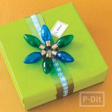 โบว์ประดับกล่องของขวัญ ทำจากหลอดไฟ หลอดเก่าสีสวย