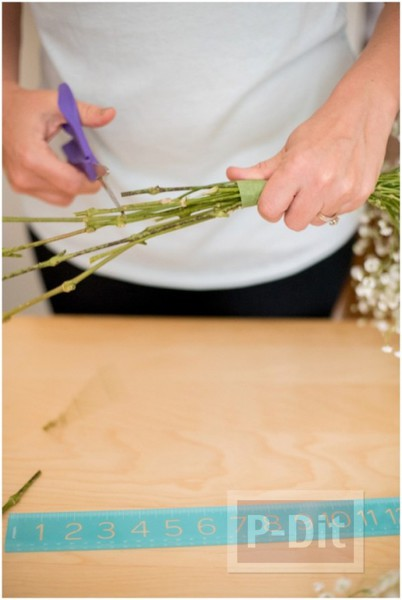 รูป 6 สอนตกแต่งช่อดอกไม้ ด้วยริบบิ้น