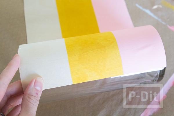 รูป 4 แจกันลายสวย ทำจากแก้วน้ำ ติดกระดาษ